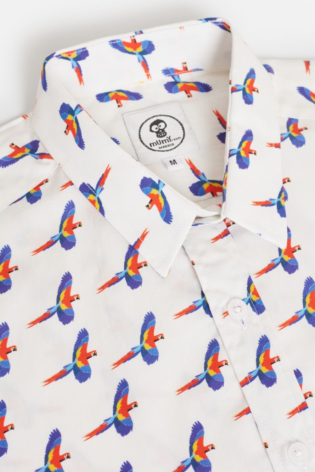 ADULT'S PRINTED SHIRT FLYING MACAW